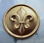 2 pcs. raw brass fleur di lis stampings 32mm - d319