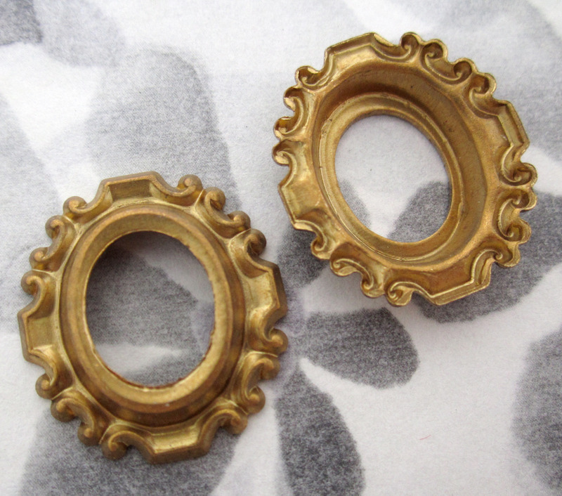 4 pcs. raw brass oval raised frame stampings settings 24x21mm - f4199