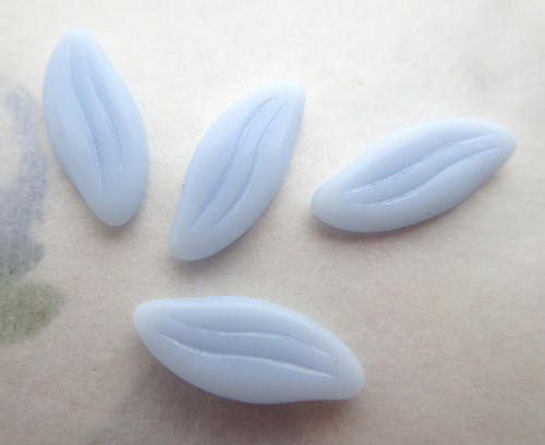 12 pcs. glass light blue small leaf flat back cabochons 12x5mm - f6372