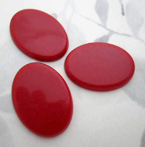 10 pcs. plastic red oval wafer flat back cabochons 30x22mm - f7126