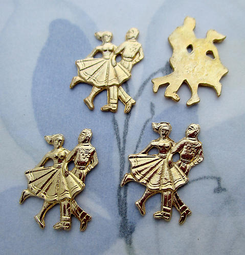 12 pcs. gold tone plated dancing couple cabochons 17x12mm - s1003