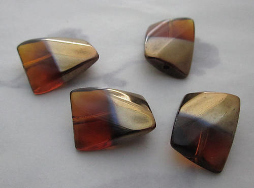 12 pcs. glass madeira topaz gold tone half plated twisted rectangle beads 14x11mm - s235