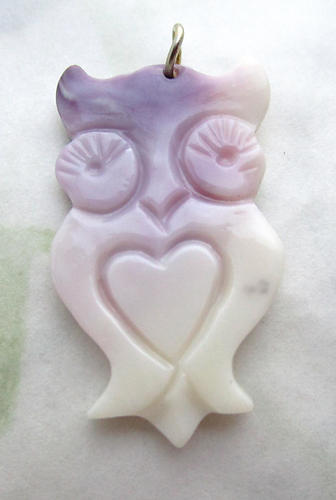 carved shell owl pendant charm - s254