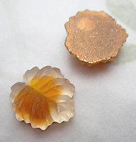 4 pcs. glass frosted foiled topaz give leaf flat back cabochons 12x11mm - d446