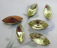 18 pcs. glass jonquil yellow navette marquise foiled rhinestones 15x7mm - f6327