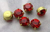 18 pcs. MCC machine cut crystal red rhinestones in prong set raw brass settings 4mm - s642